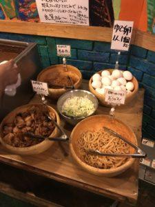 タンドリーチキンとゆで卵(もうやんカレー)